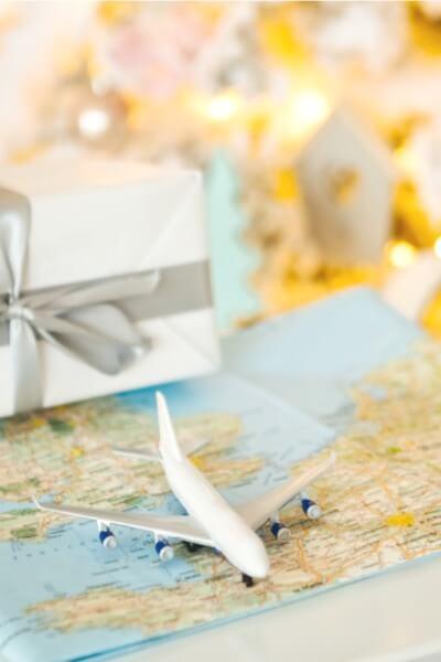 Seven Sanity-Saving Holiday Travel Tips